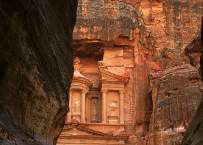 Petra,-Treasury-(al-Khazneh)